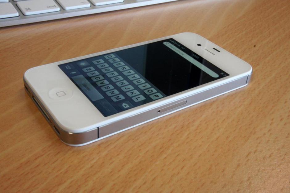 iPhone 4S cũ 16GB hình ảnh thực tế 5